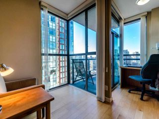 Photo 13: 2105 928 RICHARDS Street in Vancouver: Yaletown Condo for sale (Vancouver West)  : MLS®# R2515574