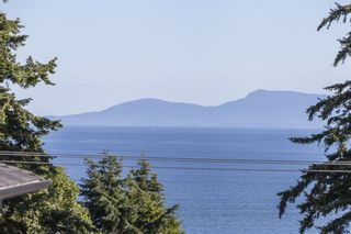 Photo 11: 1382 132B STREET in South Surrey White Rock: Crescent Bch Ocean Pk. Home for sale ()  : MLS®# R2046437