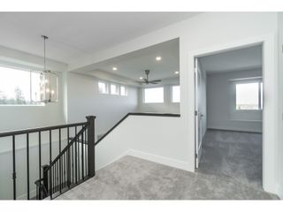 """Photo 13: 40 4295 OLD CLAYBURN Road in Abbotsford: Abbotsford East House for sale in """"Sunspring Estates"""" : MLS®# R2448385"""