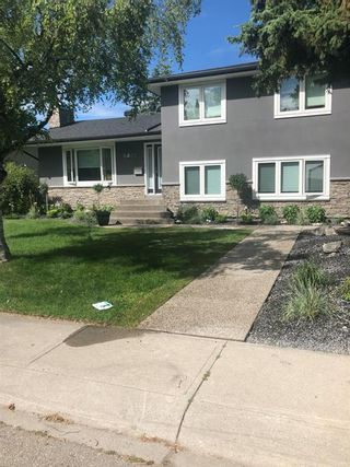 Photo 3: 6427 Larkspur Way SW in Calgary: North Glenmore Park Detached for sale : MLS®# A1079001