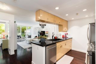 """Photo 2: 202 1033 MARINASIDE Crescent in Vancouver: Yaletown Condo for sale in """"QUAYWEST"""" (Vancouver West)  : MLS®# R2623495"""