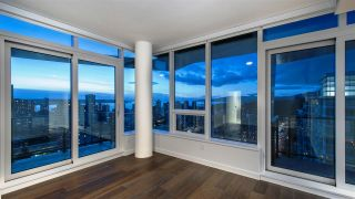 """Photo 17: 2501 620 CARDERO Street in Vancouver: Coal Harbour Condo for sale in """"Cardero"""" (Vancouver West)  : MLS®# R2532352"""