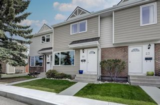Photo 2: 22 3620 51 Street SW in Calgary: Glenbrook Row/Townhouse for sale : MLS®# A1117371