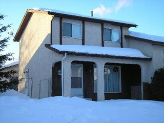 Photo 1: 11 Dzyndra Cres: Residential for sale (Missions Gardens)  : MLS®# 2700558