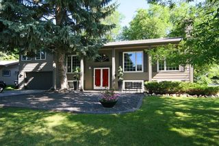 Photo 1: 1404 KERWOOD Crescent SW in Calgary: Kelvin Grove Detached for sale : MLS®# A1053643