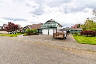 Photo 2: 7570 QUEEN Street in Chilliwack: Sardis East Vedder Rd House for sale (Sardis)  : MLS®# R2572918