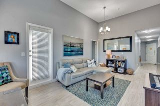 Photo 5: 416 5759 GLOVER Road in Langley: Langley City Condo for sale : MLS®# R2601059