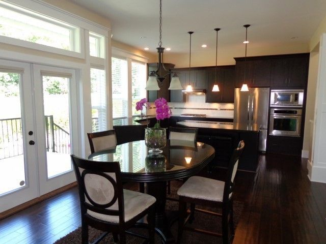 """Photo 5: Photos: 16289 61A Avenue in Surrey: Cloverdale BC House for sale in """"ESTATE AT VISTA WEST"""" (Cloverdale)  : MLS®# F1404809"""