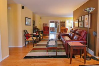 Photo 11: 103 Ayashawath Crescent in Buffalo Point: R17 Residential for sale : MLS®# 1930173