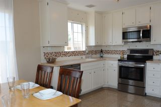 Photo 4: UNIVERSITY HEIGHTS Condo for sale : 2 bedrooms : 4580 Ohio St #11 in San Diego