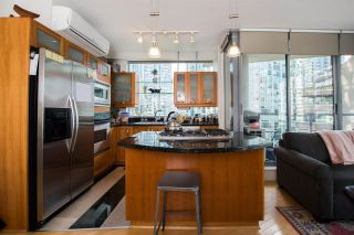"""Photo 11: 1004 1228 W HASTINGS Street in Vancouver: Coal Harbour Condo for sale in """"Palladio"""" (Vancouver West)  : MLS®# R2578006"""