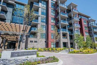 "Photo 1: 410 5011 SPRINGS Boulevard in Delta: Condo for sale in ""TSAWWASSEN SPRINGS"" (Tsawwassen)  : MLS®# R2329912"