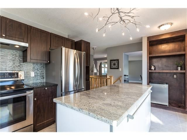 Photo 12: Photos: 36 OAKBURY Place SW in Calgary: Oakridge House for sale : MLS®# C4101941
