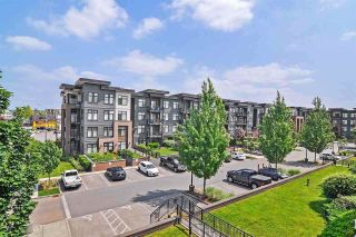 """Photo 12: 301 20058 FRASER Highway in Langley: Langley City Condo for sale in """"VARSITY"""" : MLS®# R2557046"""