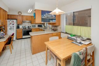 Photo 9: 7420 LYTHAM Place in Burnaby: Simon Fraser Univer. House for sale (Burnaby North)  : MLS®# R2230430
