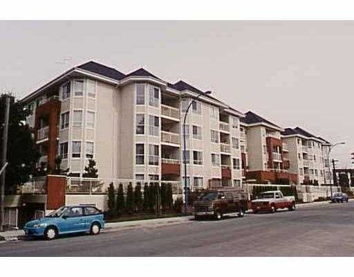"Main Photo: 411 2439 WILSON AV in Port Coquiltam: Central Pt Coquitlam Condo for sale in ""AVEBURY POINT"" (Port Coquitlam)  : MLS®# V548007"