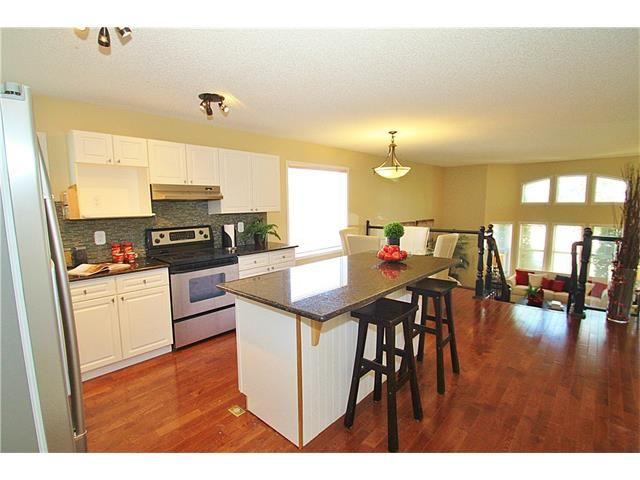 Photo 11: Photos: 122 HIDDEN RANCH Circle NW in Calgary: Hidden Valley House for sale : MLS®# C4075298