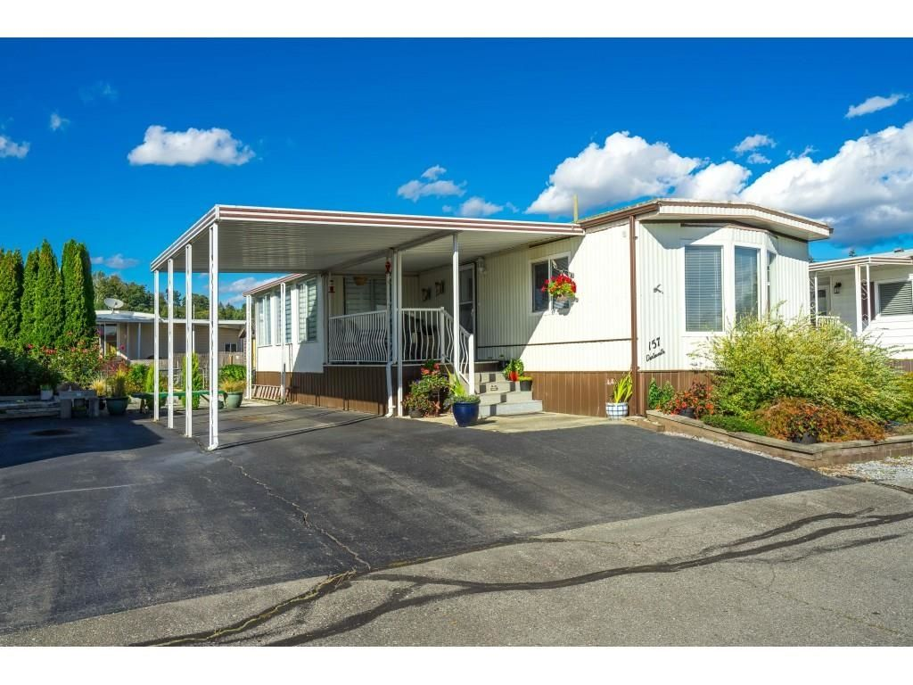 """Main Photo: 157 27111 0 Avenue in Langley: Aldergrove Langley Manufactured Home for sale in """"Pioneer Park"""" : MLS®# R2616701"""