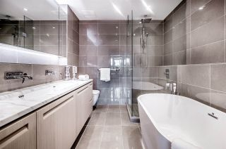 """Photo 13: 207 6333 WEST Boulevard in Vancouver: Kerrisdale Condo for sale in """"MCKINNON"""" (Vancouver West)  : MLS®# R2406393"""