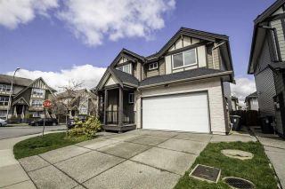 """Photo 3: 8076 209 Street in Langley: Willoughby Heights House for sale in """"YOKSON"""" : MLS®# R2561257"""