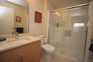 Photo 9: 404 935 Cloverdale Ave in VICTORIA: SE Quadra Condo for sale (Saanich East)  : MLS®# 773366