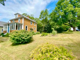Photo 3: 52 Faulkland Street in Pictou: 107-Trenton,Westville,Pictou Residential for sale (Northern Region)  : MLS®# 202118525