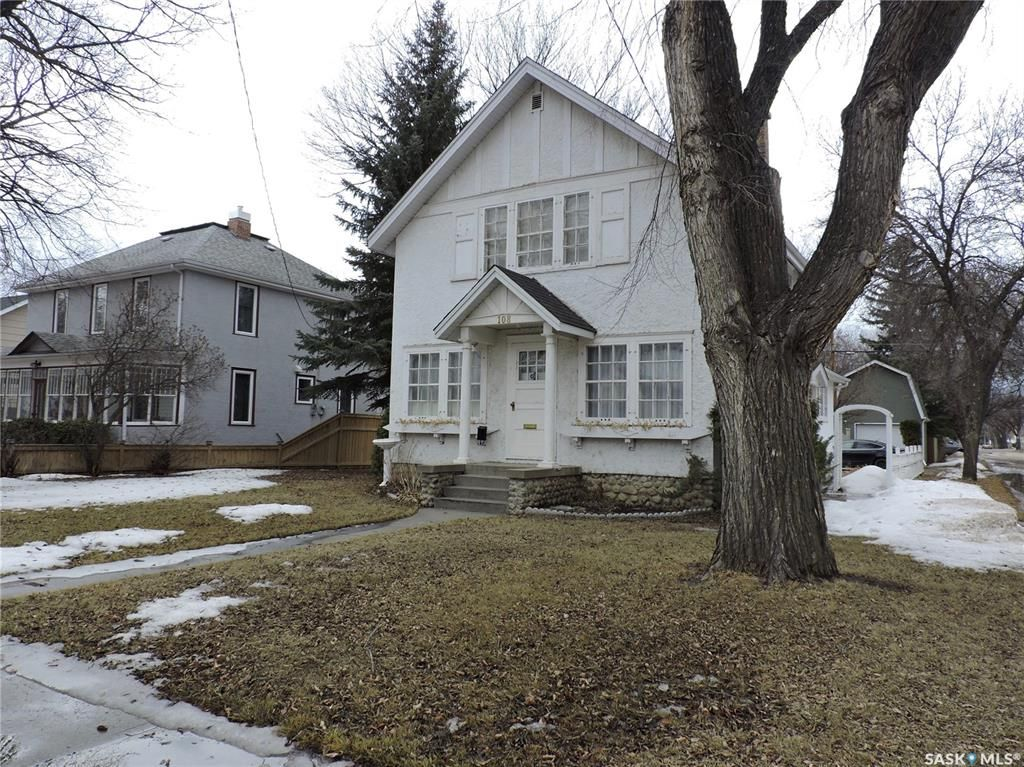 Main Photo: 108 3rd Avenue North in Yorkton: Residential for sale : MLS®# SK849003