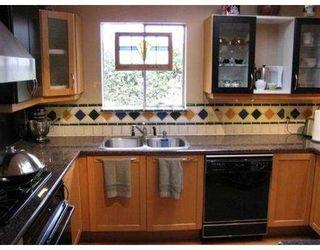 "Photo 8: 8191 FAIRLANE Road in Richmond: Seafair House for sale in ""SEAFAIR"" : MLS®# V756940"