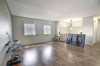 Photo 2: 212 Rundlefield Road NE in Calgary: Rundle Detached for sale : MLS®# A1138911