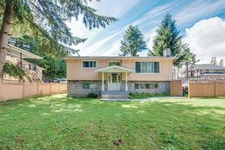 Photo 5: 8865 KING GEORGE Boulevard in Surrey: Queen Mary Park Surrey House for sale : MLS®# R2557654
