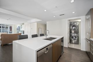 "Photo 4: 1801 1009 HARWOOD Street in Vancouver: West End VW Condo for sale in ""THE MODERN"" (Vancouver West)  : MLS®# R2488583"
