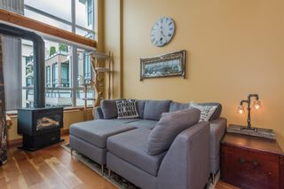 """Photo 3: 509 10 RENAISSANCE Square in New Westminster: Quay Condo for sale in """"MURANO LOFTS"""" : MLS®# R2177517"""