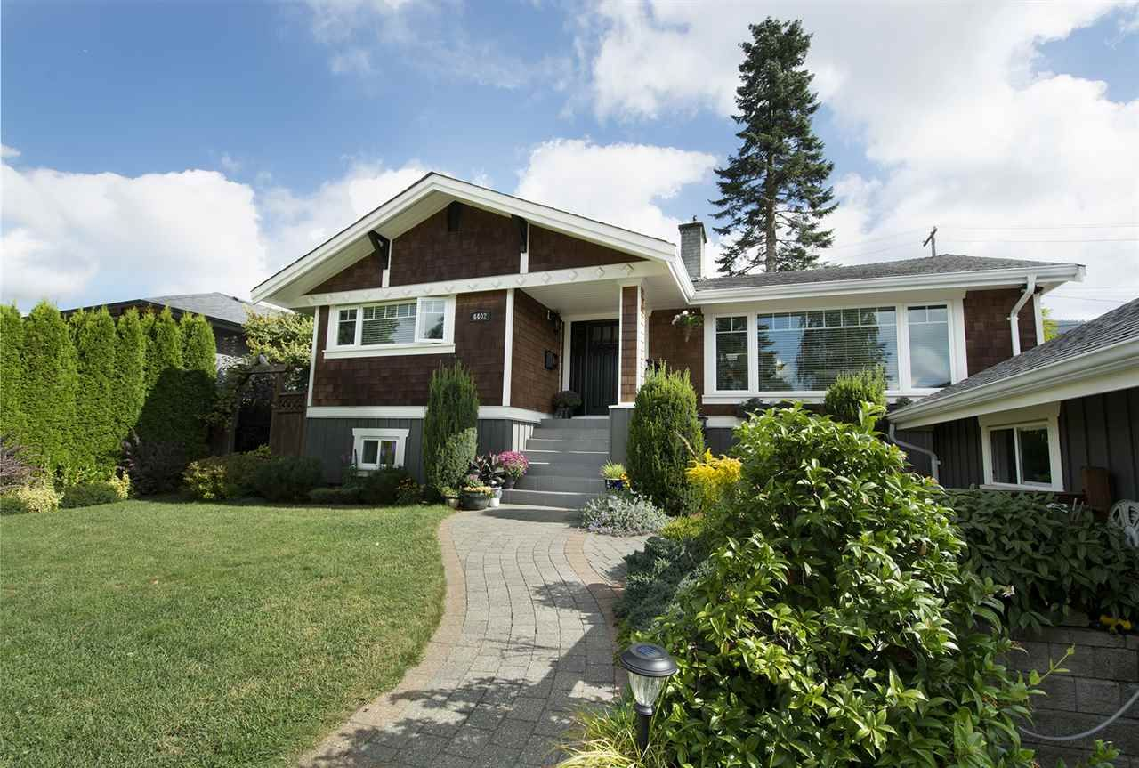 Main Photo: 4402 HIGHLAND Boulevard in North Vancouver: Forest Hills NV House for sale : MLS®# R2209072