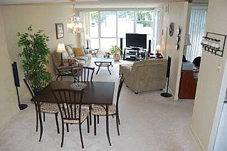 Photo 1: 25 CUMBERLAND LANE in AJAX: Freehold for sale