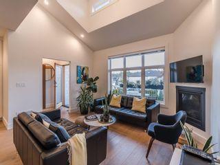 Photo 3: 5804 Linley Valley Dr in : Na North Nanaimo Half Duplex for sale (Nanaimo)  : MLS®# 863030