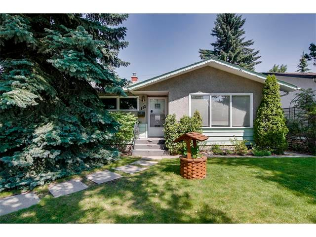 Main Photo: 112 FRANKLIN Drive SE in Calgary: Fairview House for sale : MLS®# C4020861