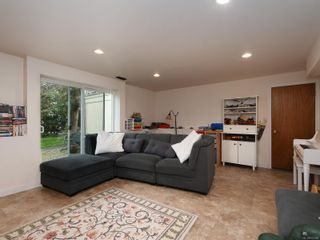 Photo 10: 7487 East Saanich Rd in : CS Saanichton House for sale (Central Saanich)  : MLS®# 872080