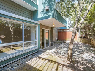 Photo 1: #110-2211 Wall St in Vancouver: Hastings Condo for sale (Vancouver East)  : MLS®# R2192905