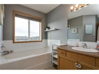 Photo 19: 1718 THORBURN Drive SE: Airdrie House for sale : MLS®# C4096360