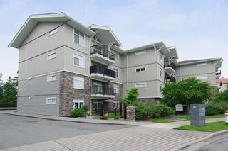 "Photo 1: 402 33255 OLD YALE Road in Abbotsford: Central Abbotsford Condo for sale in ""The Brixton"" : MLS®# R2210628"