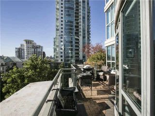 """Photo 7: 703 1128 QUEBEC Street in Vancouver: Mount Pleasant VE Condo for sale in """"The National"""" (Vancouver East)  : MLS®# V1138628"""