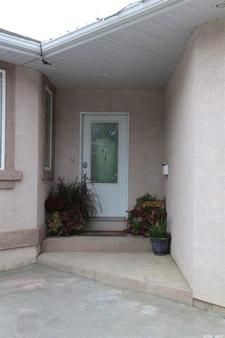 Photo 4: 104 2nd Avenue Southeast in Swift Current: South East SC Residential for sale : MLS®# SK755777