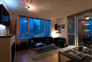 "Photo 4: 509 822 SEYMOUR Street in Vancouver: Downtown VW Condo for sale in ""L'ARIA"" (Vancouver West)  : MLS®# V938460"