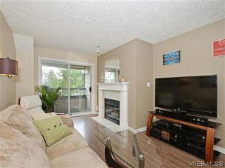 Photo 3: 306 971 McKenzie Ave in VICTORIA: SE Quadra Condo for sale (Saanich East)  : MLS®# 696676