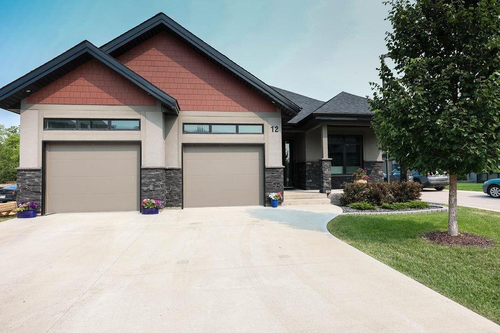 Main Photo: 12 150 Creek Bend Road in Winnipeg: River Park South Condominium for sale (2F)  : MLS®# 202117669