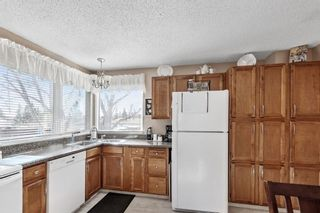 Photo 10: 111 Carr Place: Okotoks Detached for sale : MLS®# A1077007
