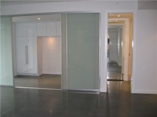 Photo 3: # 201 256 E 2ND AV in Vancouver: Mount Pleasant VE Condo for sale (Vancouver East)  : MLS®# V1011516
