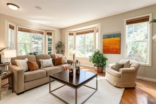 Photo 5: 230 SOMME Avenue SW in Calgary: Garrison Woods Row/Townhouse for sale : MLS®# C4261116