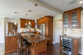 "Photo 4: 2441 KENSINGTON Crescent in Port Coquitlam: Citadel PQ House for sale in ""CITADEL HEIGHTS"" : MLS®# R2161983"