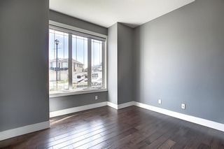 Photo 5: 105 KINNIBURGH Bay: Chestermere Detached for sale : MLS®# A1116532